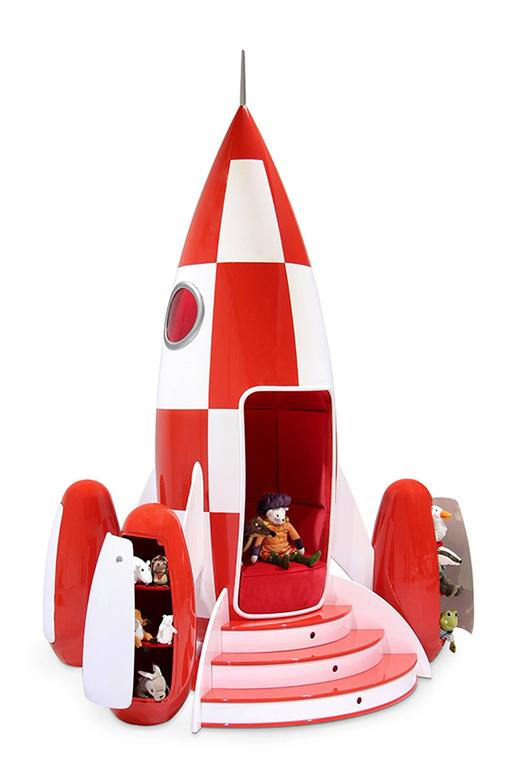 Superbe Rocket Children Chair In Fiber Glass Ideal To Go On The Moon. Square Are  Made