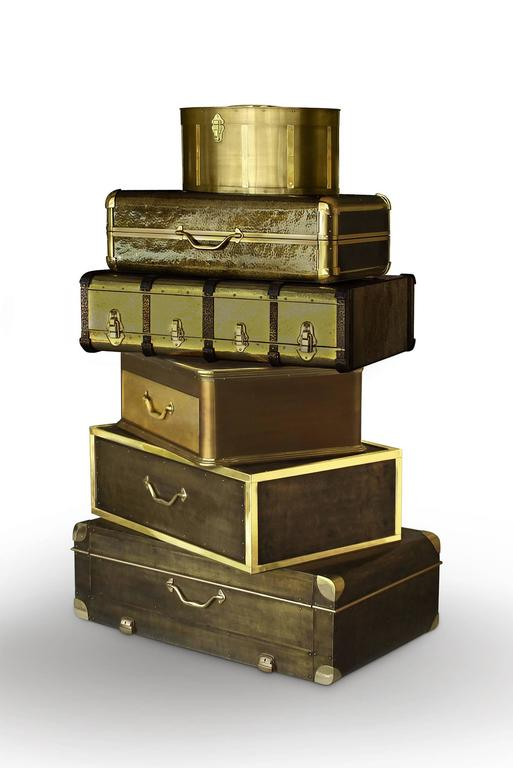 Jewelry safe vintage golded distinguishes
