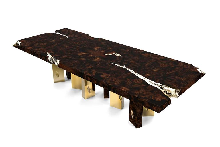 Portuguese Majestic Dinning Table in Mahogany and Polished Brass Sheets For Sale