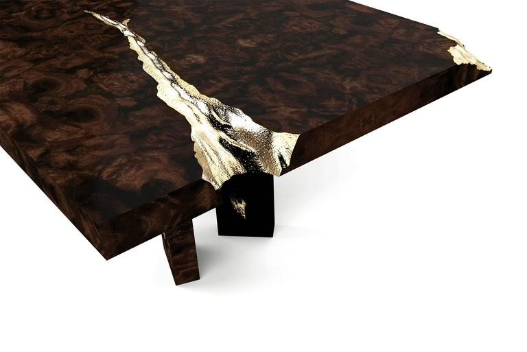 Hand-Crafted Majestic Dinning Table in Mahogany and Polished Brass Sheets For Sale