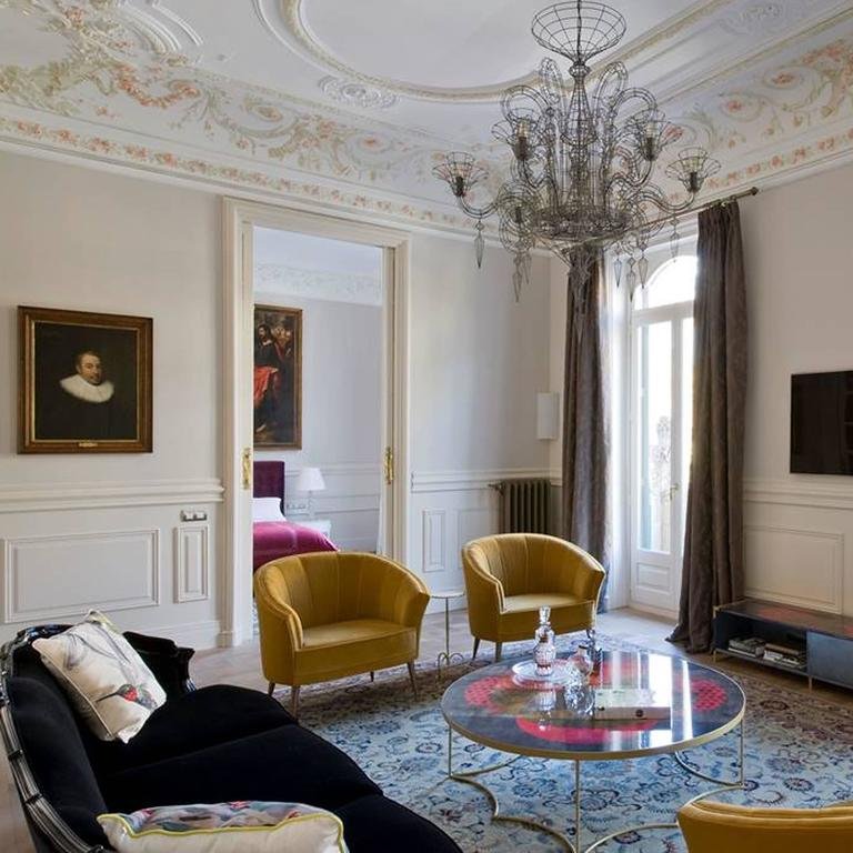 Arca Armchair in Cotton Velvet with Brass Feet 7