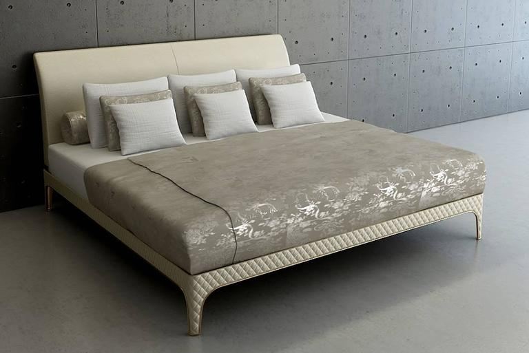 Karma Bed with Steel Frame and hand crafted padded Leather For Sale 1