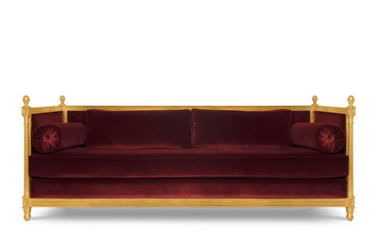 Sofa new castle with cotton velvet fabric and aged golden leaf with gloss varnish. Available in red, maroon, green or black colors.