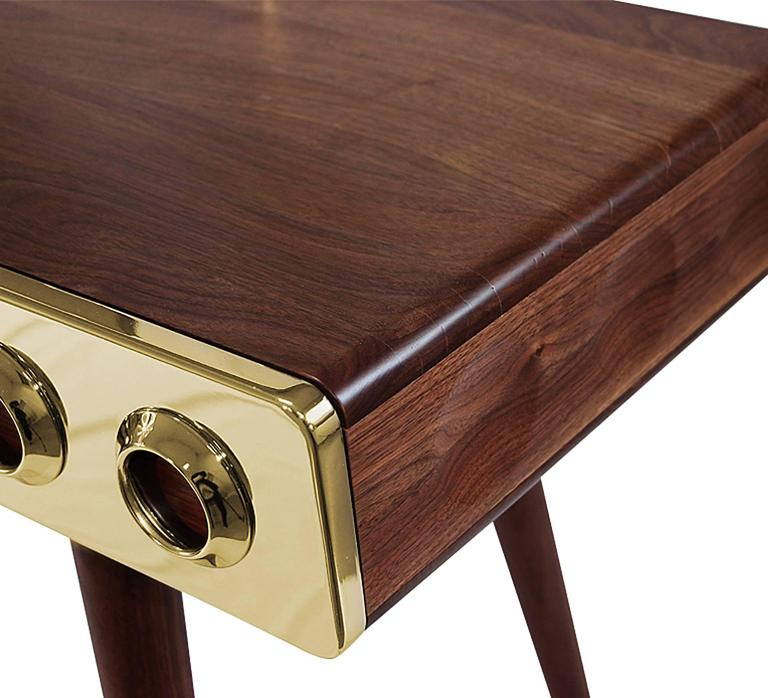 Golden Drawers Desk Walnut Wood In Excellent Condition For Sale In Paris, FR