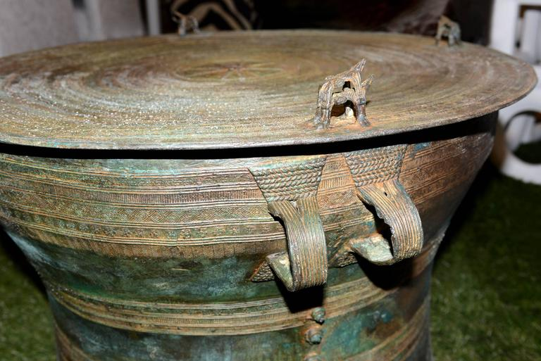 Rain Drum in Solid Bronze Exceptional Piece For Sale 1