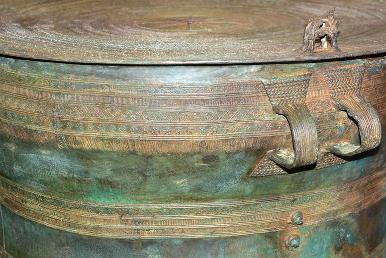 20th Century Rain Drum in Solid Bronze Exceptional Piece For Sale