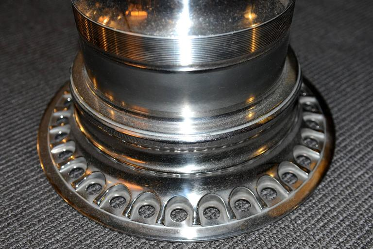 Side table made with a boeing 747 gearing engine in for Table titanium quadra 6
