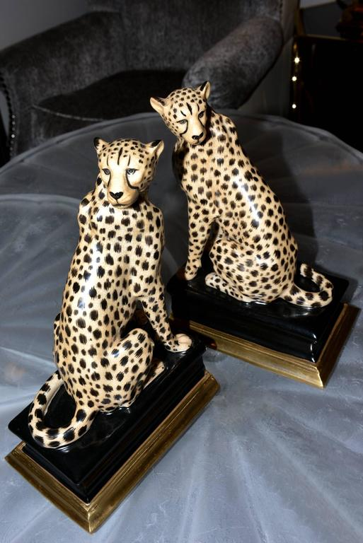 Cheetah Bookends Set of Two in Porcelain with Brass Base In Excellent Condition For Sale In Paris, FR