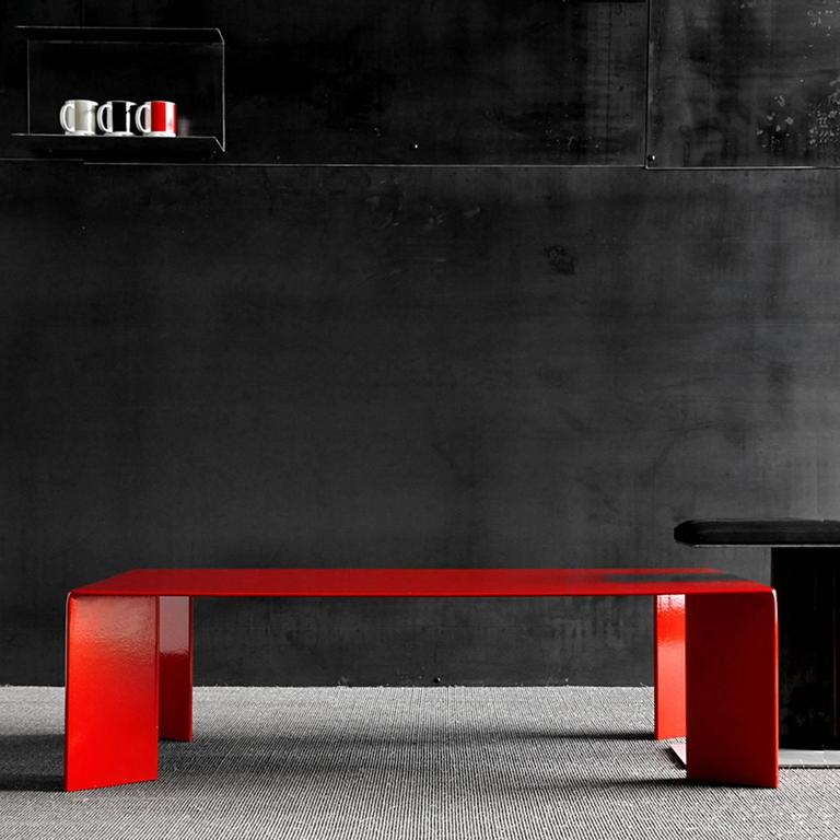 French Laqué Rouge Coffee Table in Red Lacquered Steel For Sale