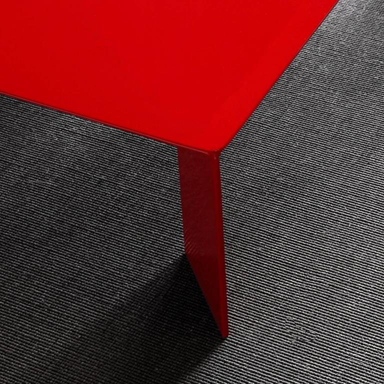 Laqué Rouge Coffee Table in Red Lacquered Steel For Sale 1