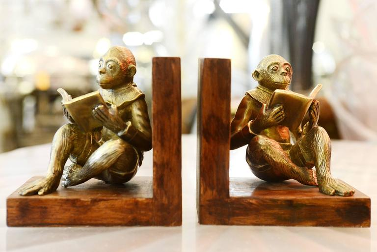 Dutch Monkeys Readers Bookends Set of Two in Bronze For Sale