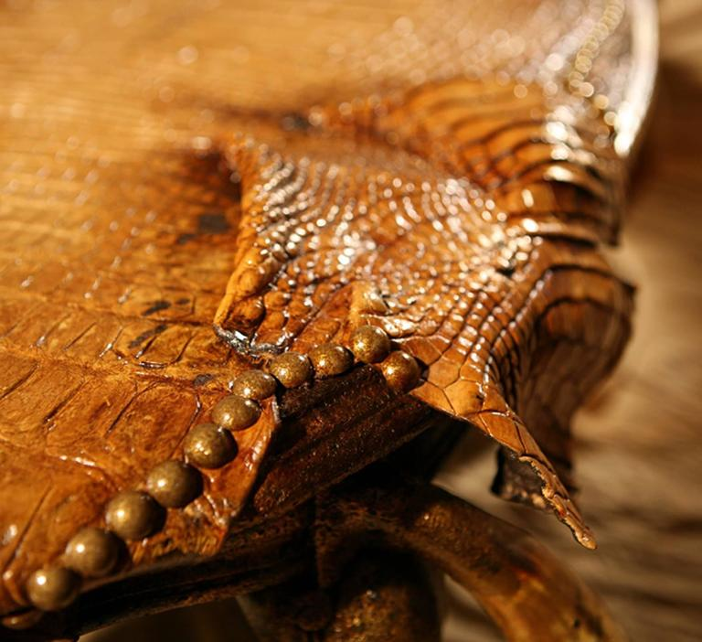 Wood Cayman Coffee Table: Cayman Coffee Table With Alligator Skin And Zebu Horns For