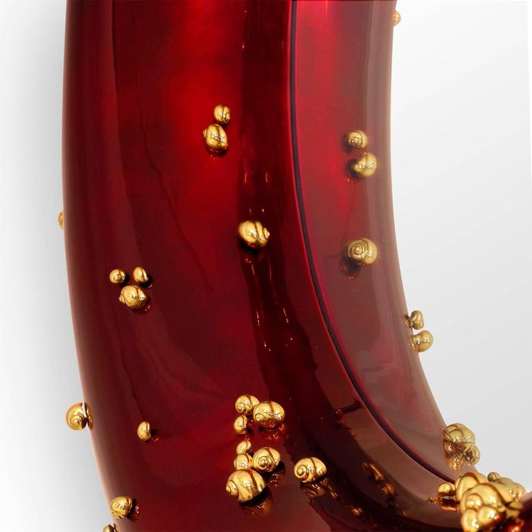 Contemporary Red Mirror with Black and Red Glossy Varnished and Golded Snails For Sale