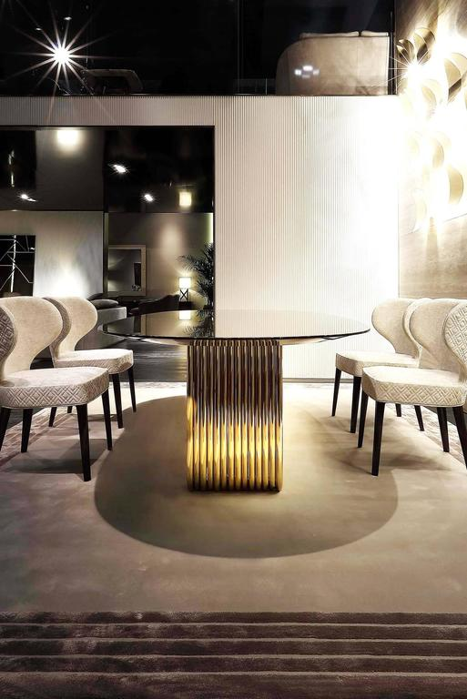 Contemporary Alina Dining Table with Lacquered Ebony Top For Sale