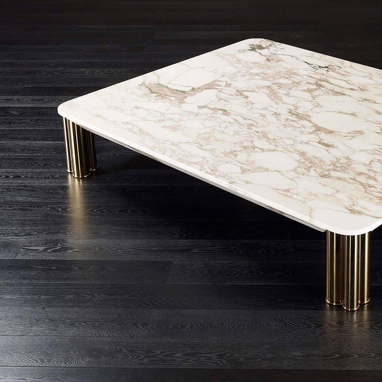 Ambra coffee table with calacatta oro marble top or other for Chaise noir bois