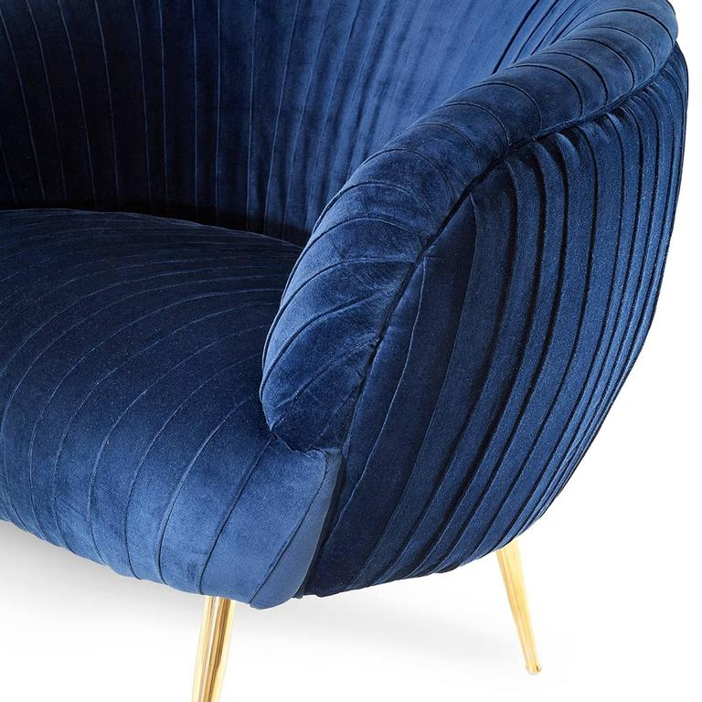 Armchair Diana upholstered in blue soft velvet