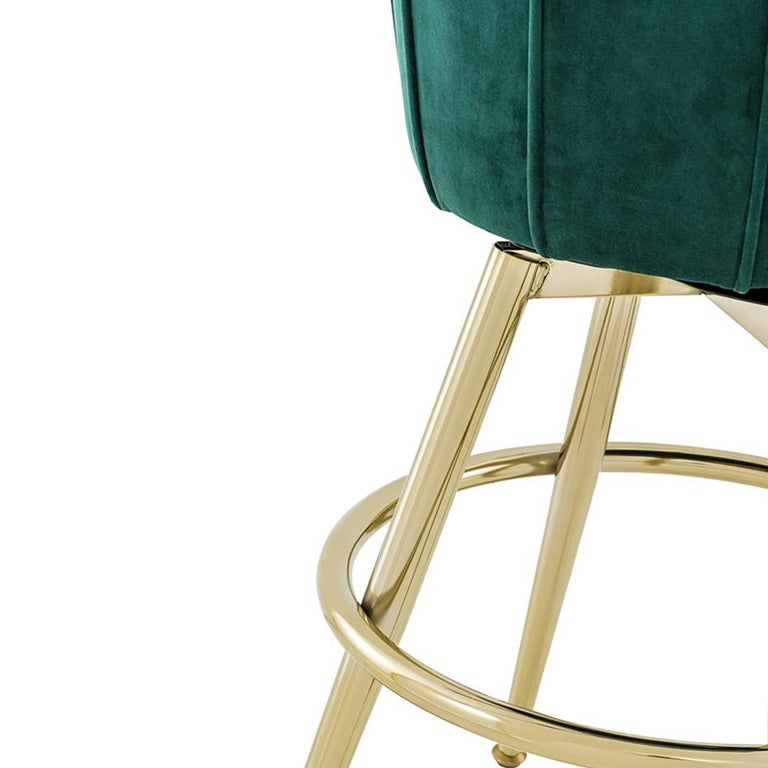 Saloon Stool In Green Velvet Fabric And Champagne Gold