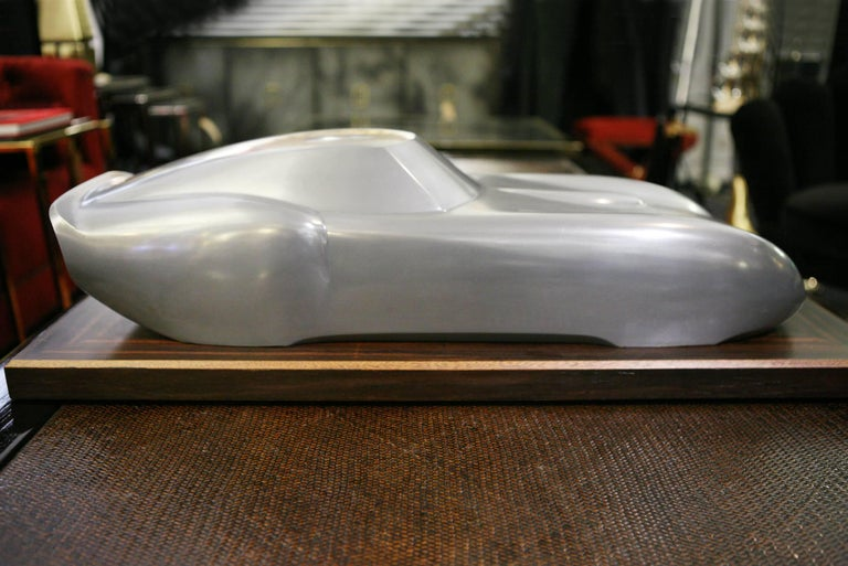 Sculpture Ferrari 250 GTO sculpture made with  cold casted aluminum. On Macassar ebony base. Model numerated and limited edition. 1/8 pieces. Made in France in 2015. Base: L 82 x D 35 x H 4 cm Ferrari: L 76 x D 28 x H 18 cm