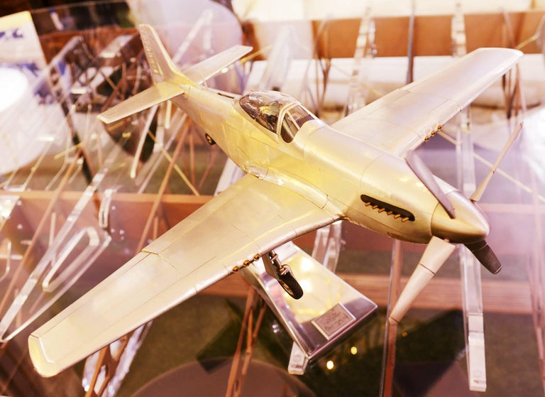 English Mustang P51 Aircraft Model in Aluminium Foil For Sale