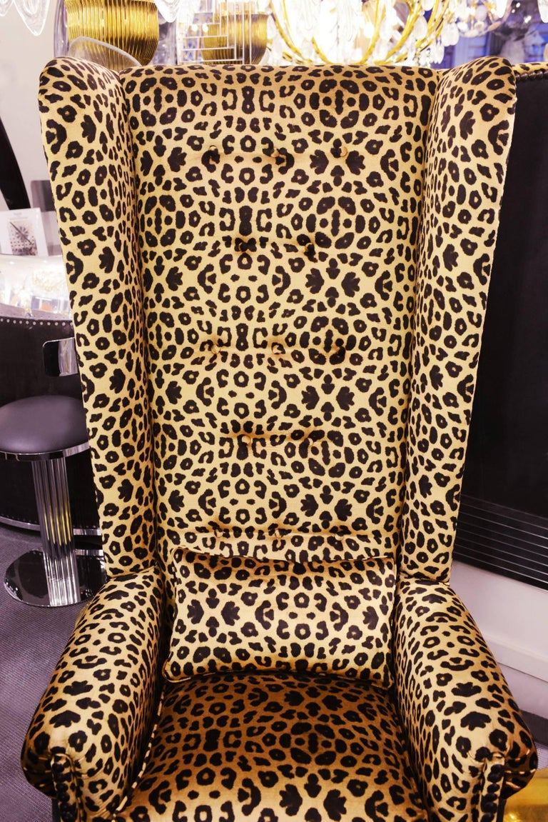 leopard armchair with black nubuck leather and velvet fabric for sale at 1stdibs. Black Bedroom Furniture Sets. Home Design Ideas