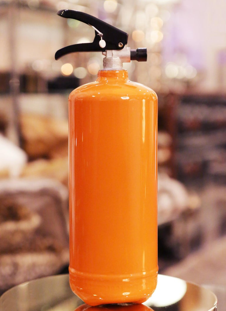Hermes Paris Extinguisher In Excellent Condition For Sale In Paris, FR