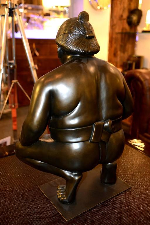 Sumo Sculpture on Metal Base In Excellent Condition For Sale In Paris, FR