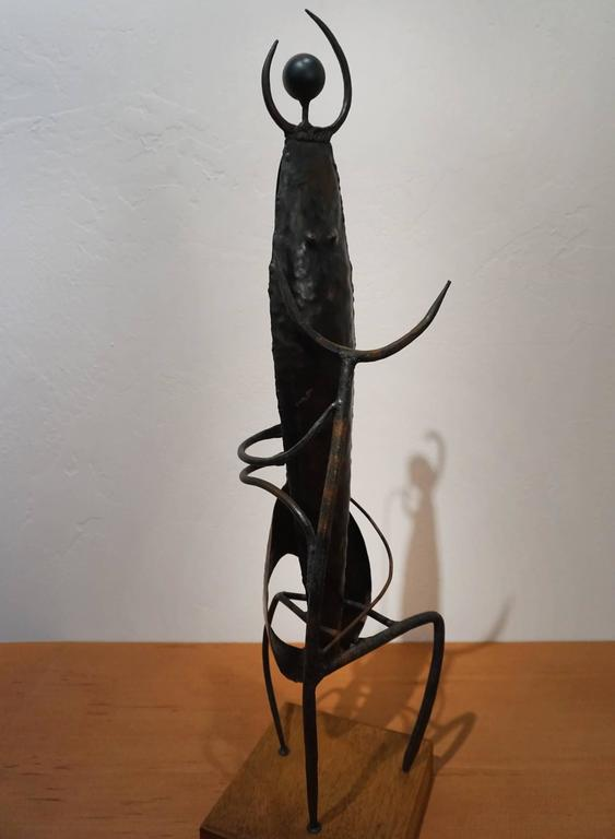 Modernist Welded Steel Sculpture by Charles Luedtke In Excellent Condition For Sale In San Diego, CA