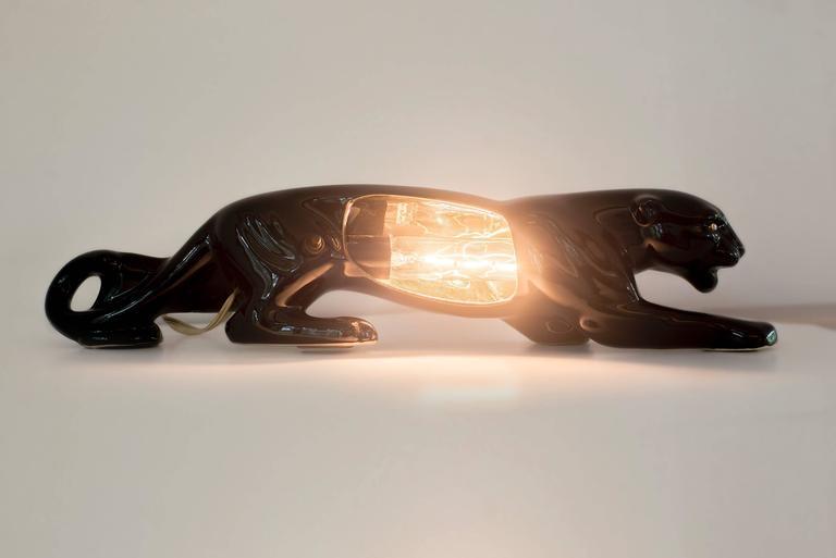 Vintage Mid-Century Modern Ceramic Black Panther Television Figurine Lamp 1