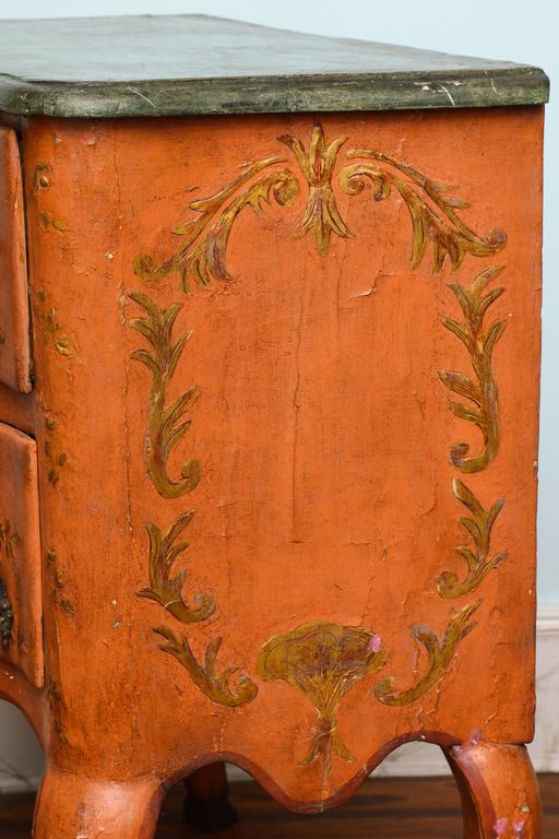 Rococo Sicilian Painted Chest, 18th Century For Sale 4