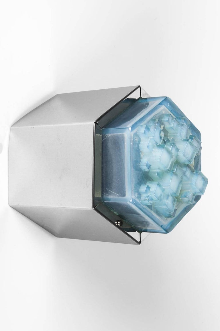 Sconce in the Manner of Poliarte, Hexagon Base and Blue Glass Shade, 1960s For Sale at 1stdibs