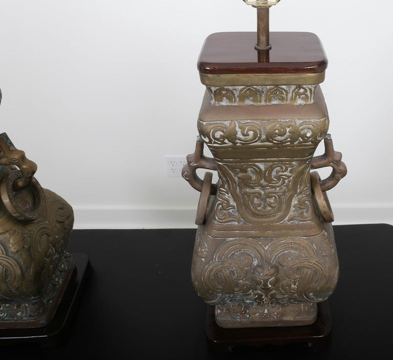 Pair of Bronze Chinoiserie Table Lamps For Sale 5