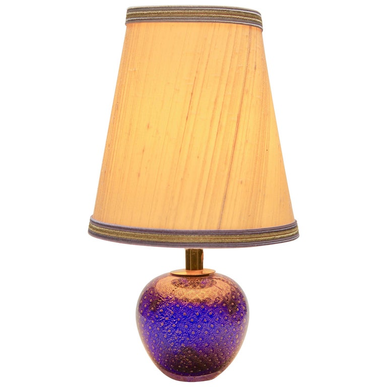 Murano Globe-Shaped Lamp Cobalt Blue with Aventurine 'Gold Metal' and Bullicante For Sale