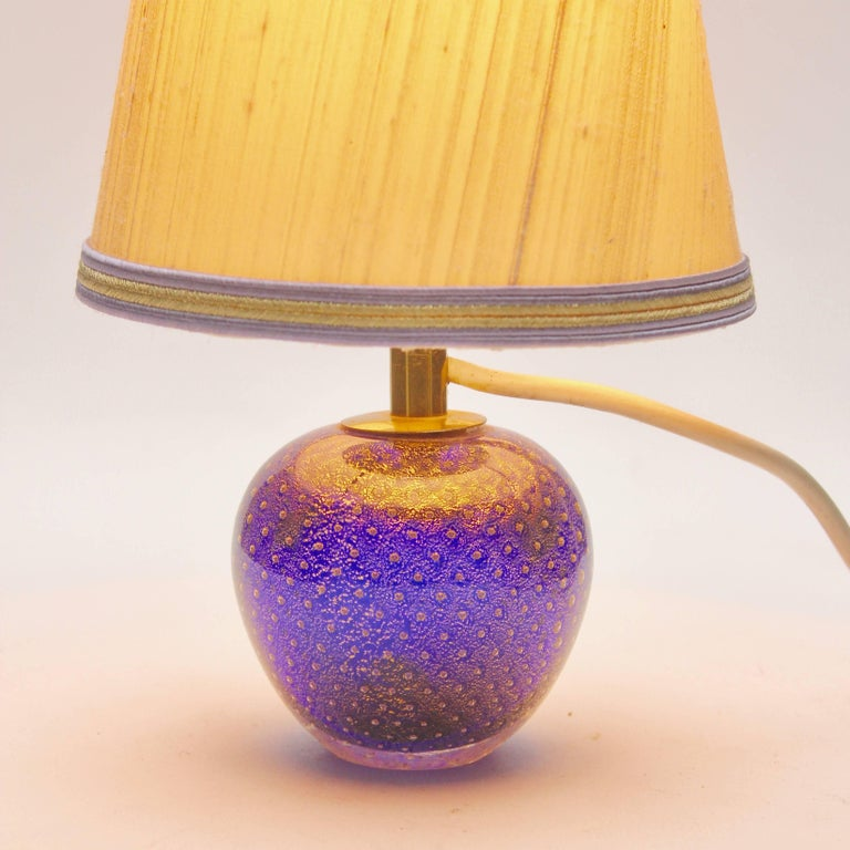 Italian Murano Globe-Shaped Lamp Cobalt Blue with Aventurine 'Gold Metal' and Bullicante For Sale