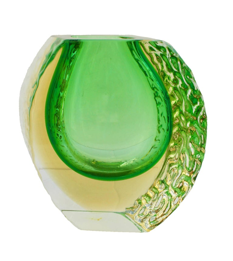 Italian Textured and Faceted Murano Sommerso Green and Yellow Ice Glass Vase For Sale
