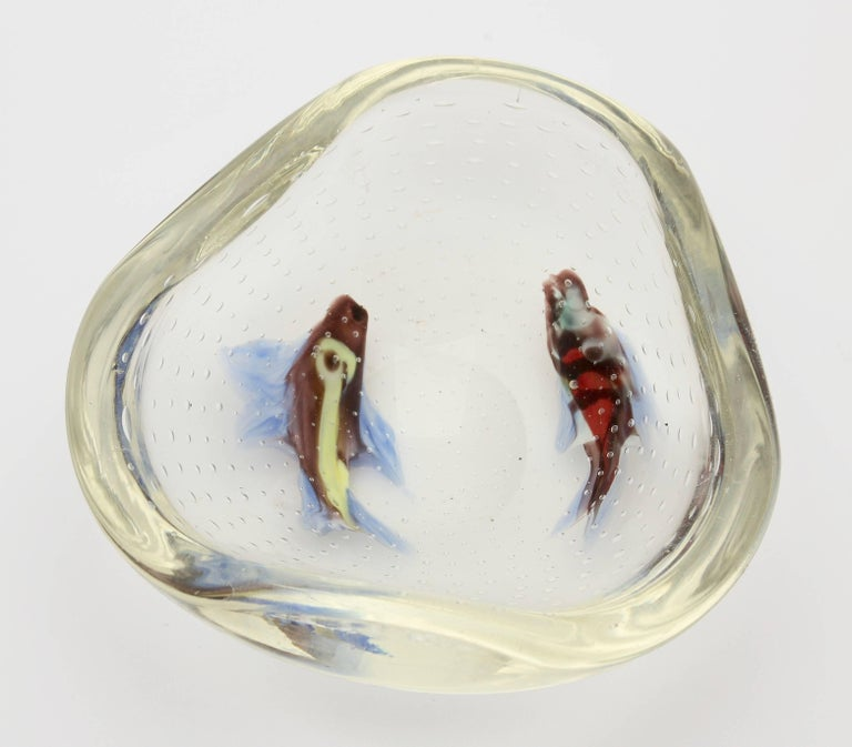 Hand-Crafted Midcentury Italian Murano Art Glass Aquarium Fish Bowl Sculpture For Sale