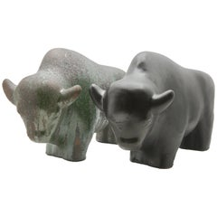 Otto Keramiek, a Matched Pair of Bulls with Fat Lava Glazes
