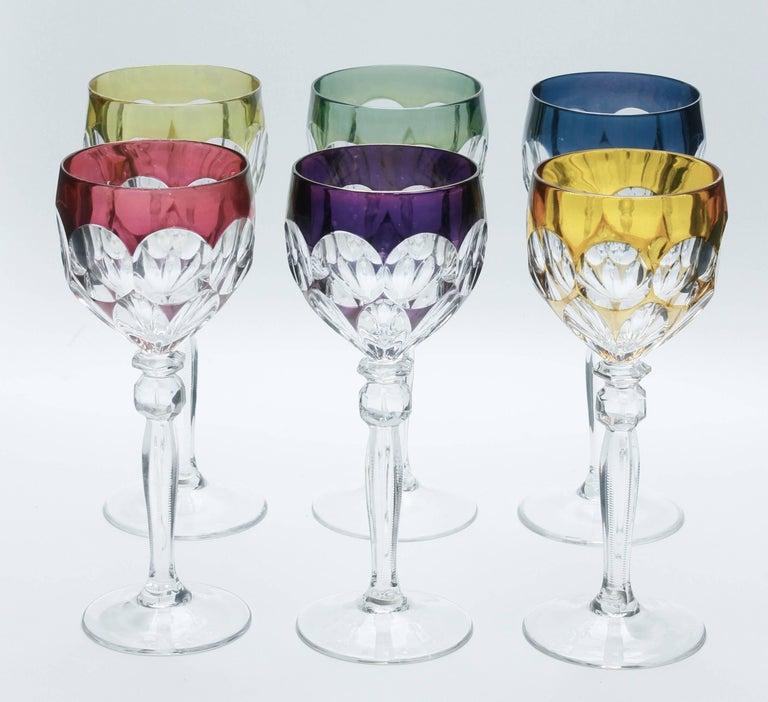 Kristall Set aus Sechs Lausitzer Stem Gläsern mit Farbigem Overlay 9
