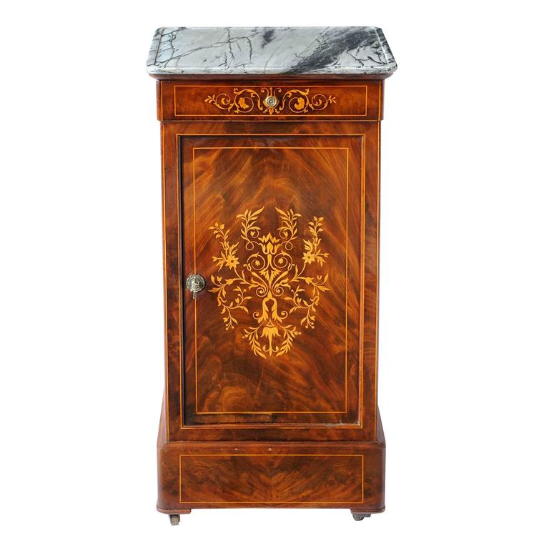 French Early 19th Century Mahogany Night or Bedside Table, circa 1830