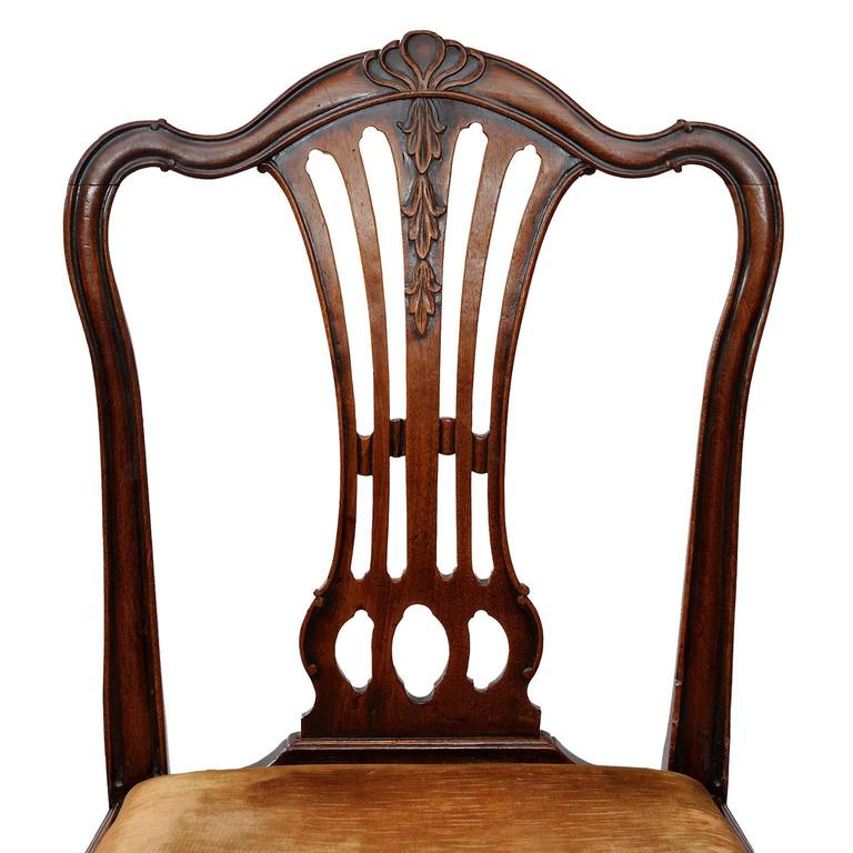 Set of Six English George III Chippendale Style Dining Chairs, circa 1760 5