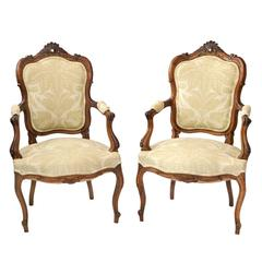 Pair of Carved Walnut 18th Century Style Italian Open Armchairs, circa 1880
