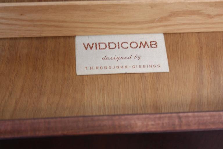 Pair of T. H. Robsjohn-Gibbings Single Drawer End Tables For Sale 3