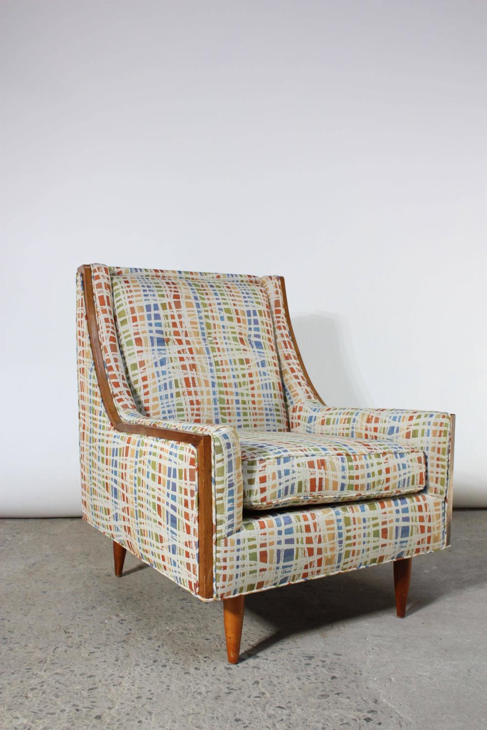 Mid century american modern lounge chair with walnut for Mid century american furniture