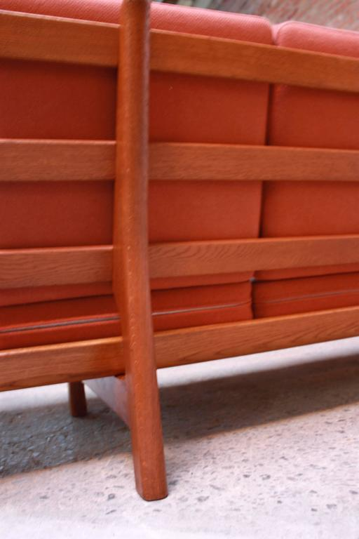 Hans Wegner for GETAMA Sofa In Good Condition For Sale In Brooklyn, NY