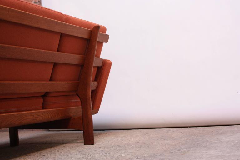 Hans Wegner for GETAMA Sofa 4