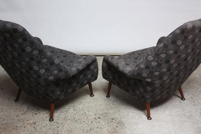Pair of Ernest Race Lounge Chairs and Ottoman in Eames Upholstery For Sale 1
