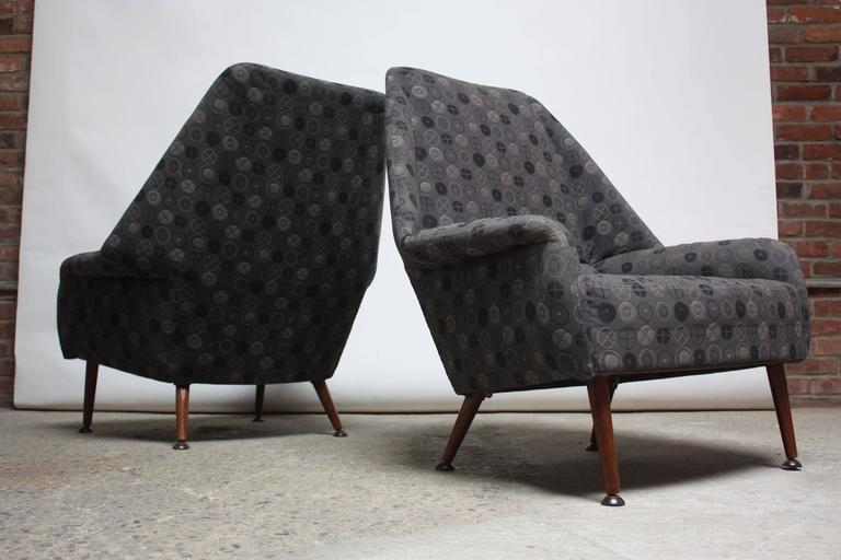 Pair of Ernest Race Lounge Chairs and Ottoman in Eames Upholstery In Good Condition For Sale In Brooklyn, NY