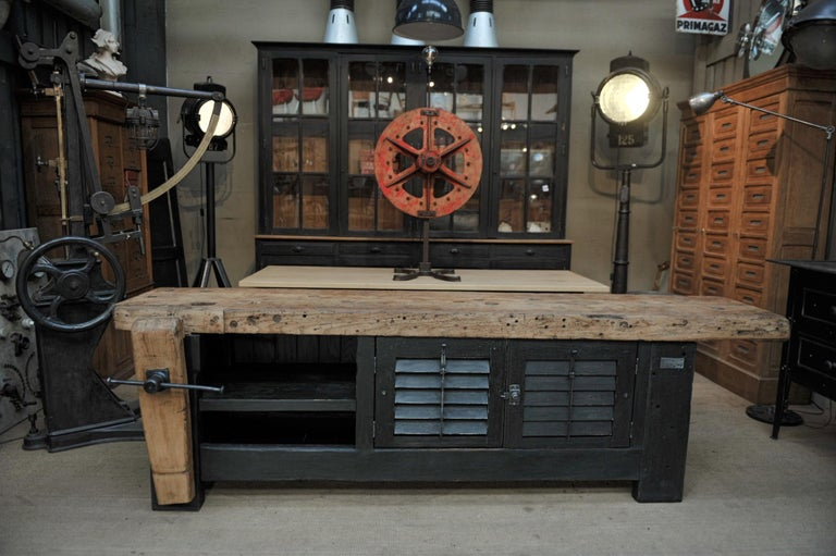 Carpenter Vice Work Bench circa 1930 with Shutter Doors For Sale 2