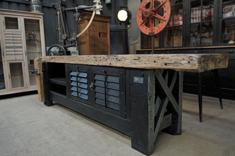 Carpenter Vice Work Bench circa 1930 with Shutter Doors For Sale 1