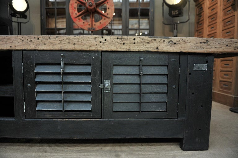 Carpenter Vice Work Bench circa 1930 with Shutter Doors For Sale 3