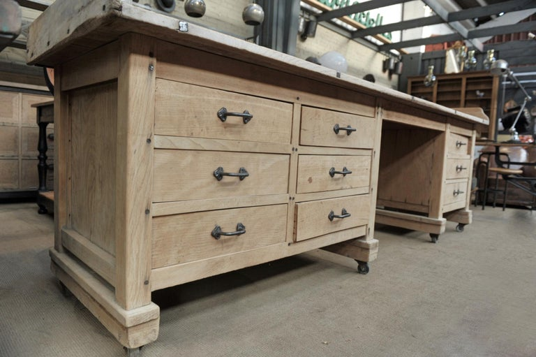 Exceptional Long Baker Work Table with 9 Drawers, circa 1920 For Sale 1